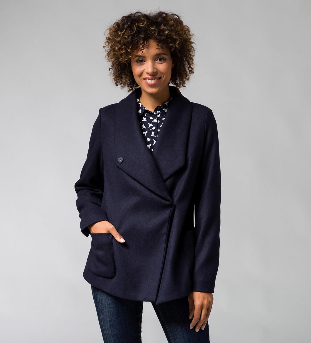 Jacke mit großem Kragen d-blue