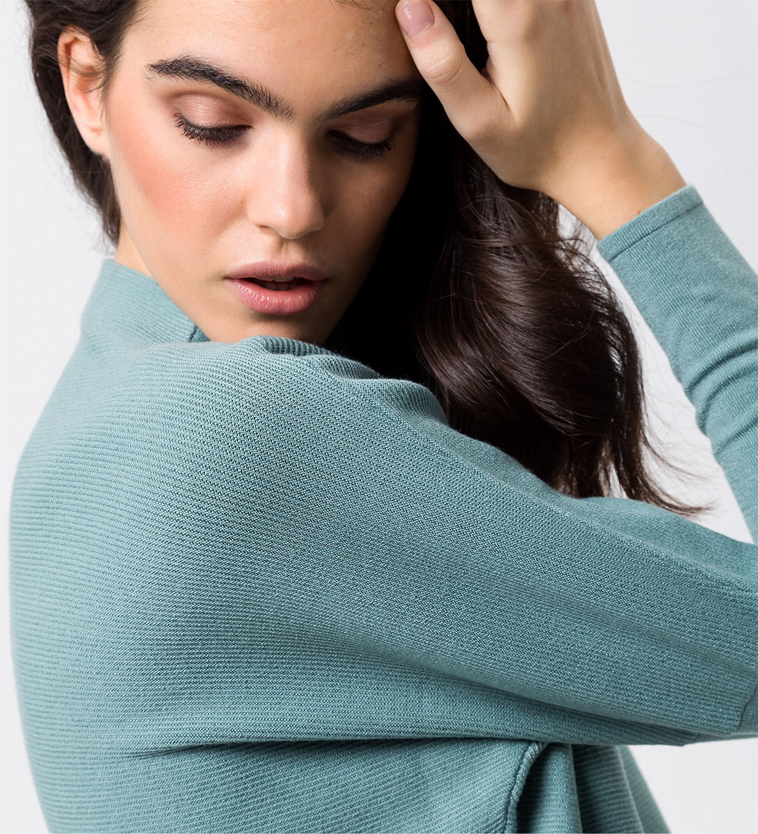 Pullover mit Turtleneck in dusk jade