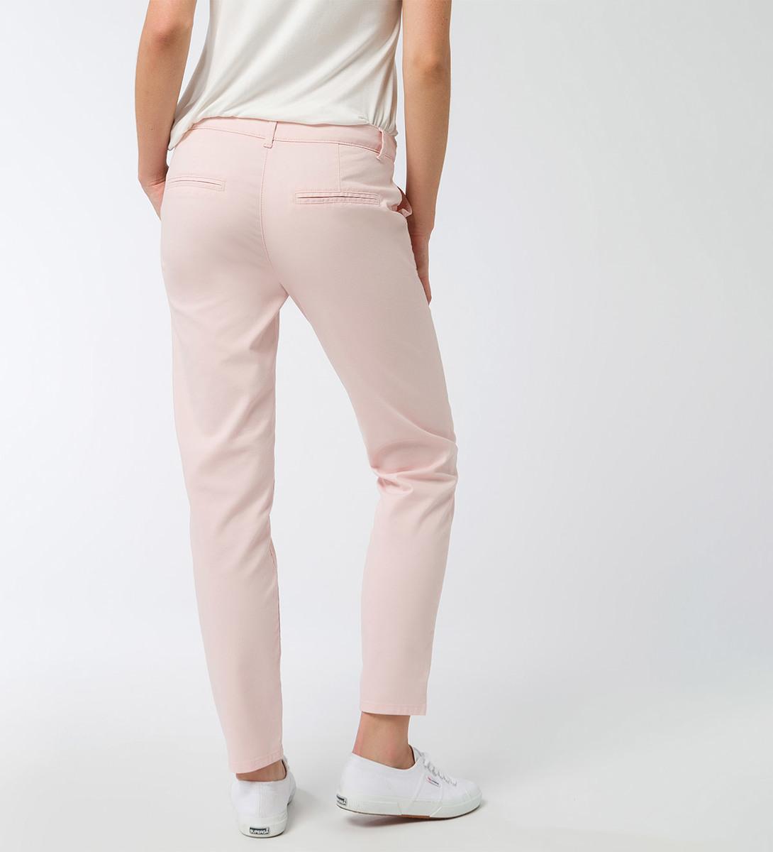 Hose mit dekorativen Gesäßtaschen in soft rose