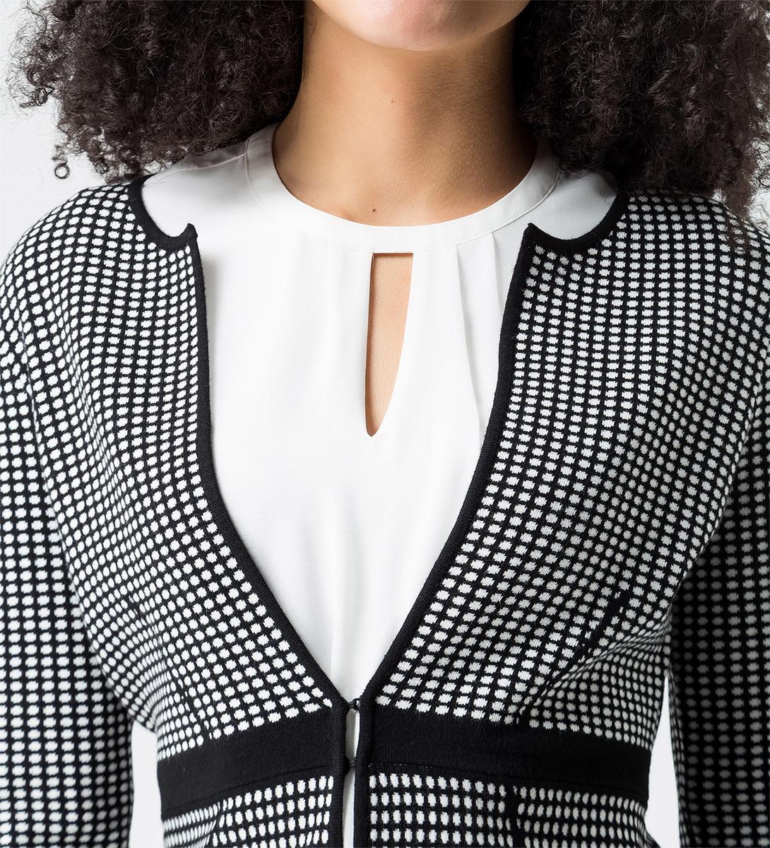 Strickjacke mit Muster und Kontraststreifen in black