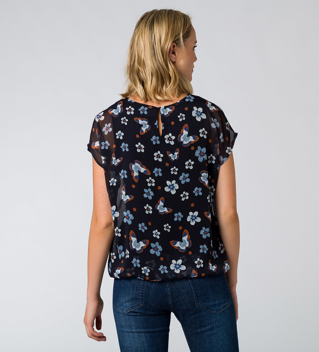 Bluse mit Alloverprint in blue black