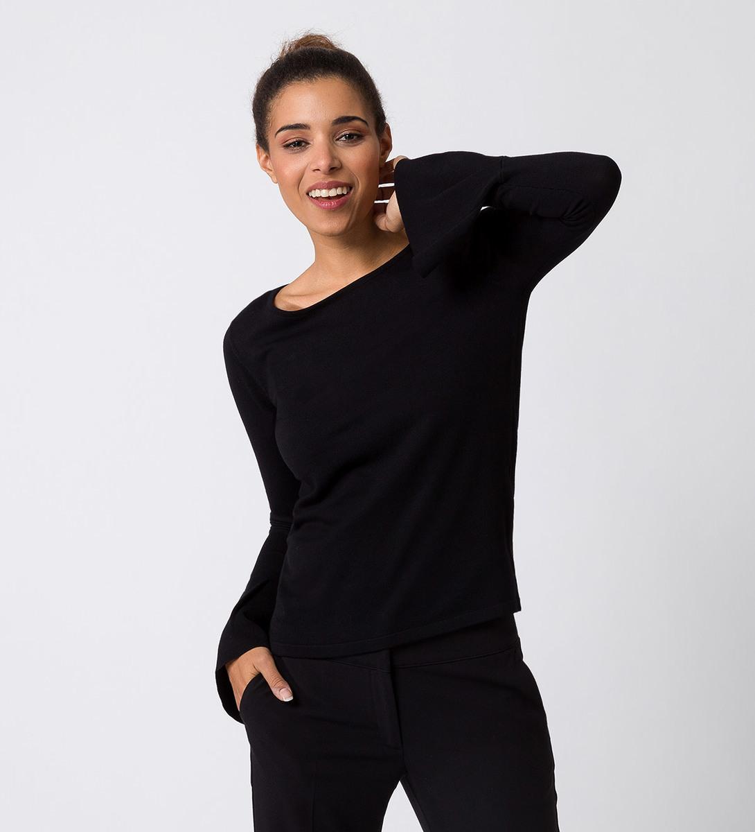 Pullover in Feinstrickqualität in black