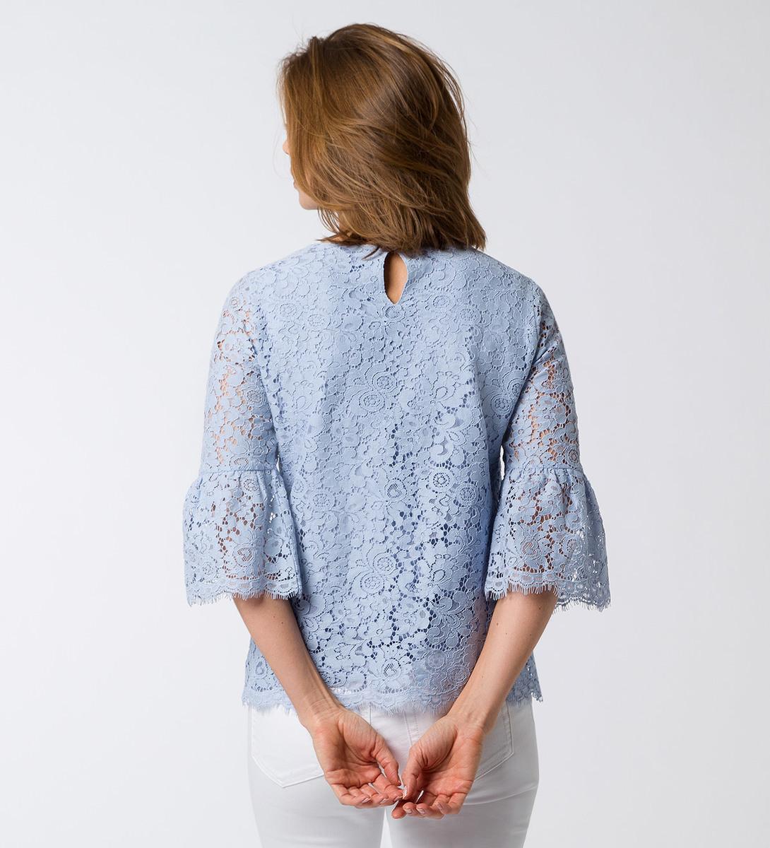 Bluse mit floraler Spitze in arctic blue