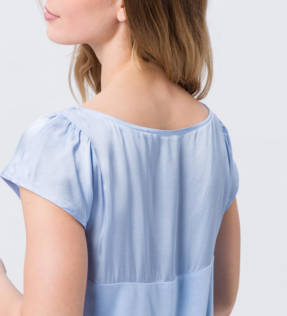 Blusenshirt im Materialmix in horizon blue