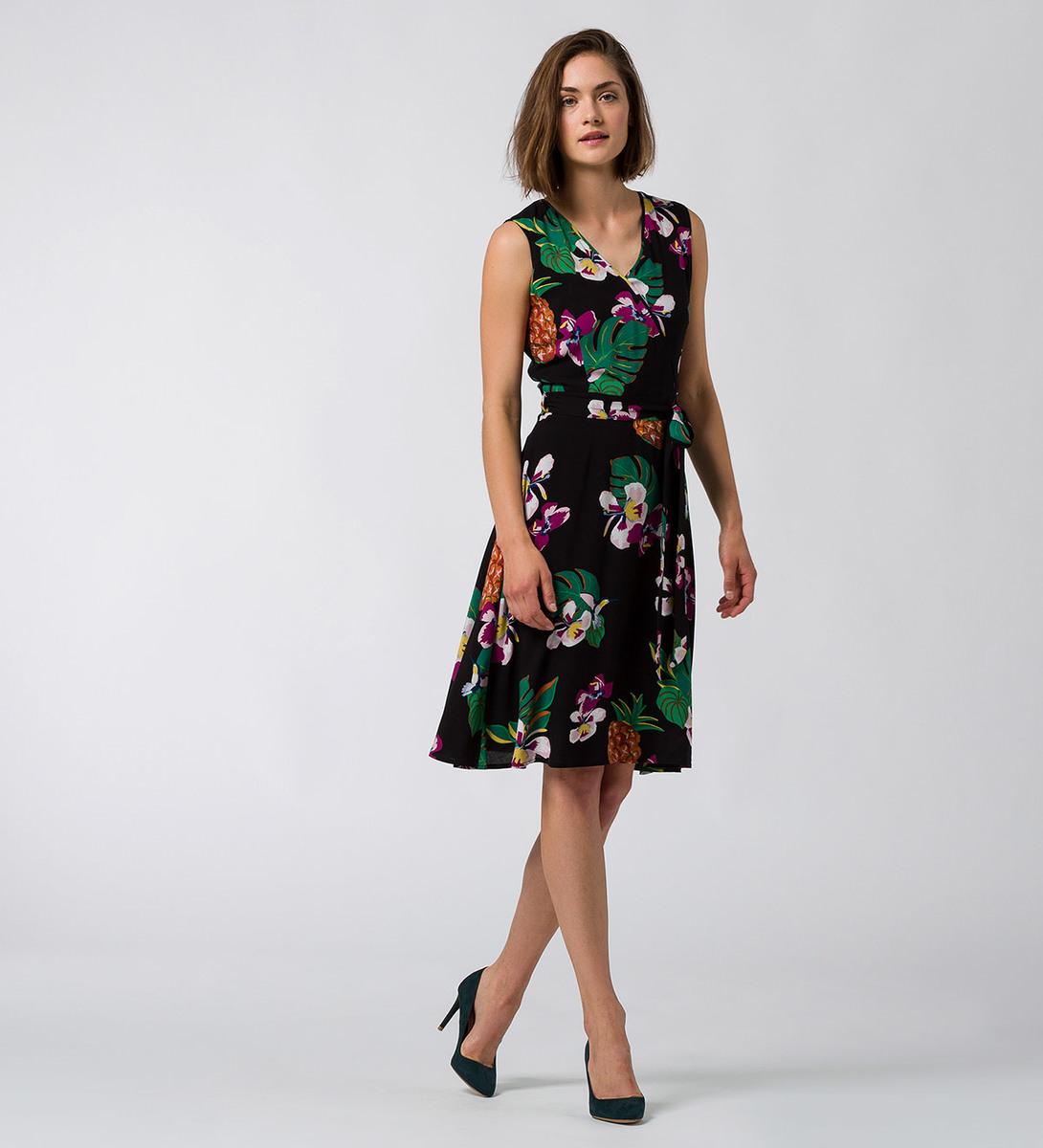 Kleid mit Blumenmuster in black