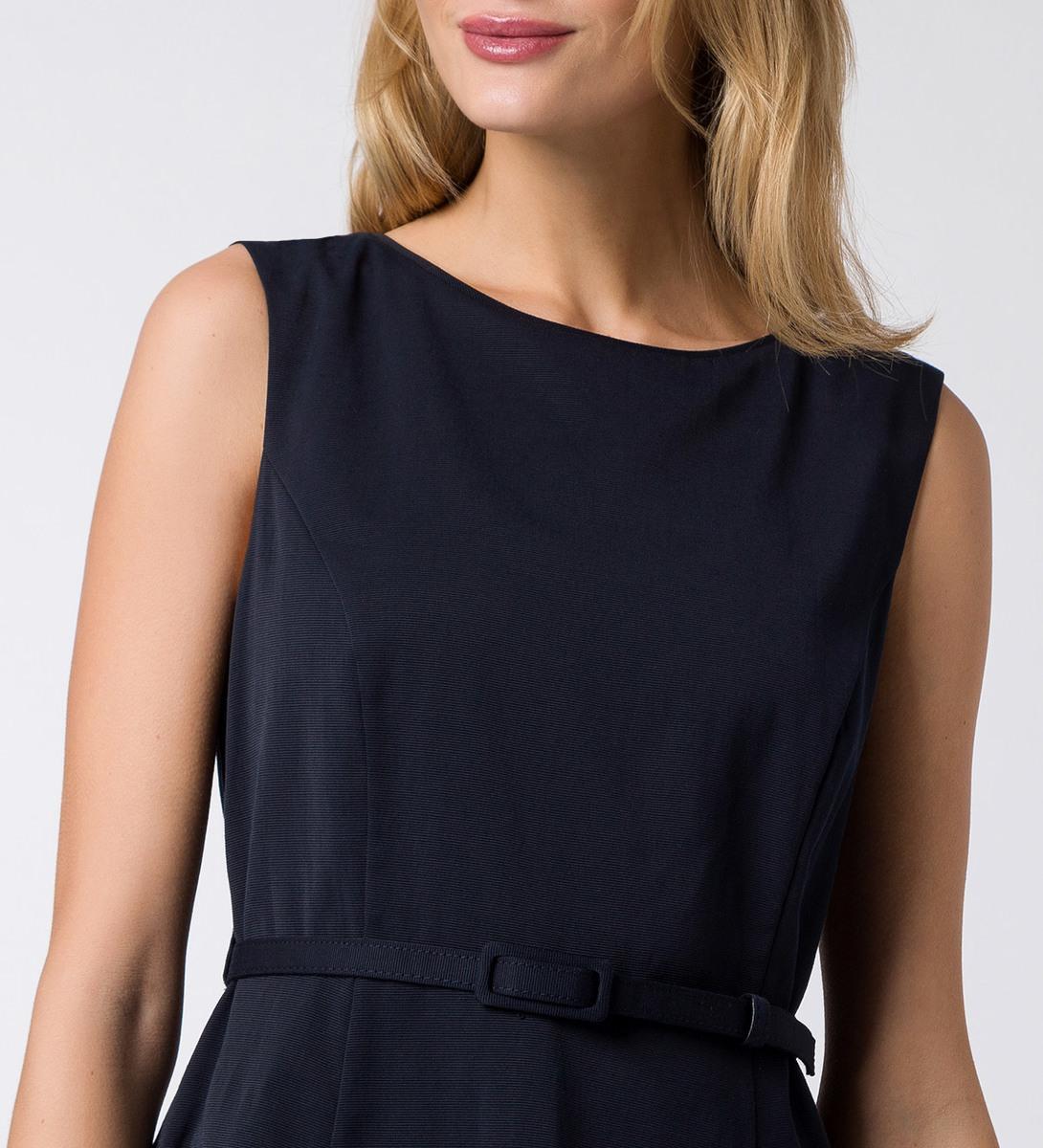 Kleid mit Taillengürtel in blue black