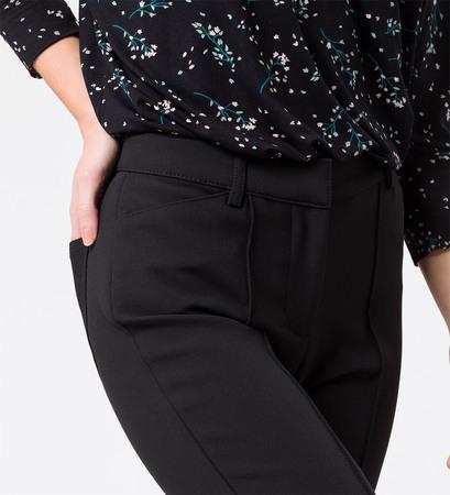 Hose mit eingenähten Bügelfalten in black