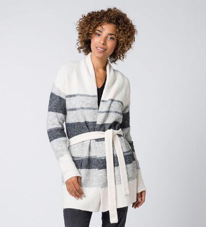 Strickjacke mit Alpaka und Wolle in offwhite