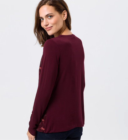 Shirt mit Print in grape red