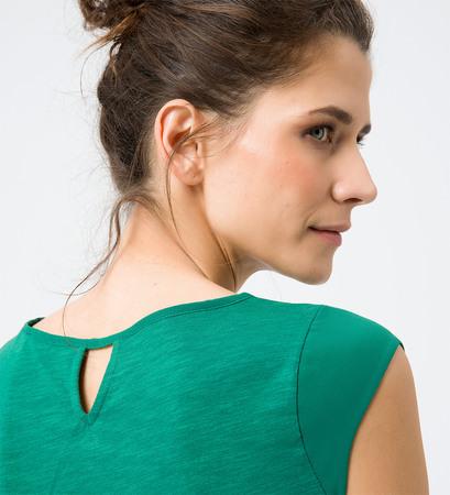 Top mit Keyhole-Design in smaragd