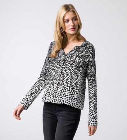 Bluse mit Serafino-Ausschnitt in black