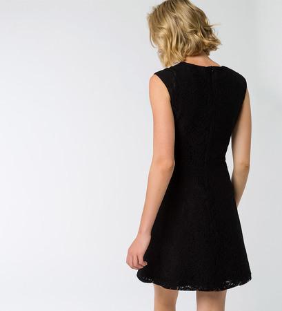 Kleid mit Spitze in black