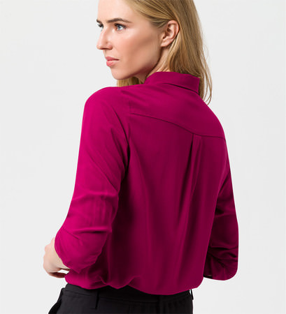 Bluse in weich fließender Qualität in dark magenta