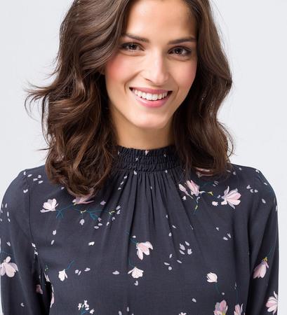 Bluse mit floralem Druck in black