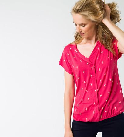 T-Shirt mit Alloverprint in bright pink