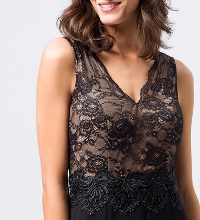 Kleid mit Spitze und Stickereien in black