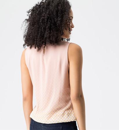 Bluse mit Punkten in rose parfait