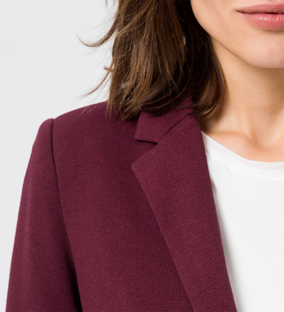 Blazer mit aufgesetzten Taschen in grape red
