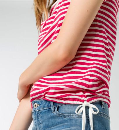 T-Shirt mit Streifen in bright pink