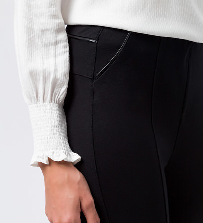 Hose mit Paspeln in black