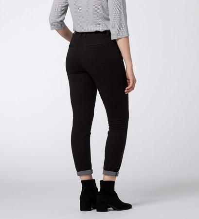 Hose in schlichter Optik in black