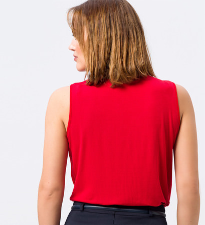 Blusentop mit Faltenwurf in rot