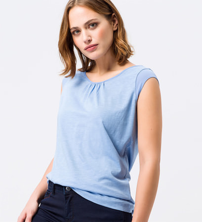 Top mit Keyhole-Design in blue