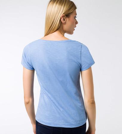 T-Shirt mit Schmetterlingen in azur blue