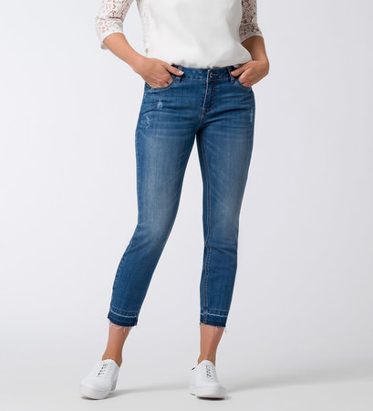 Jeans in 7/8-Länge in mid blue open edge