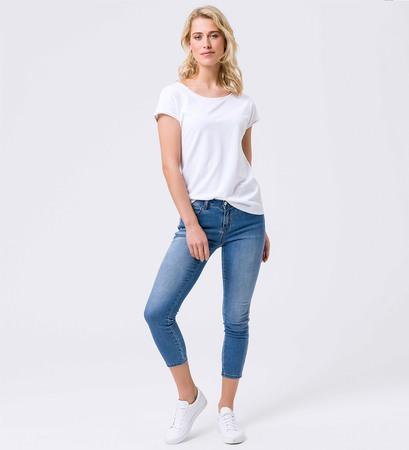 T-Shirt im Basic-Look in white