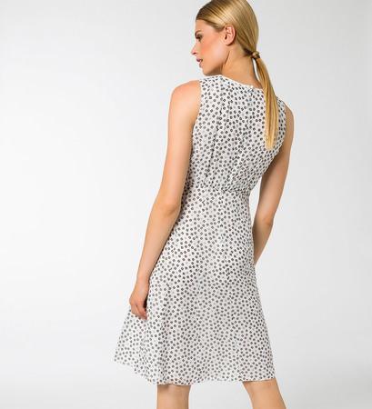Kleid aus Chiffon in offwhite