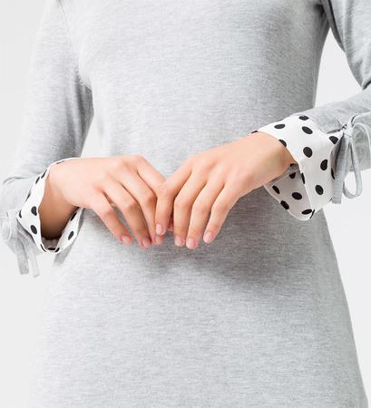 Strickkleid mit langen Ärmeln in stone grey