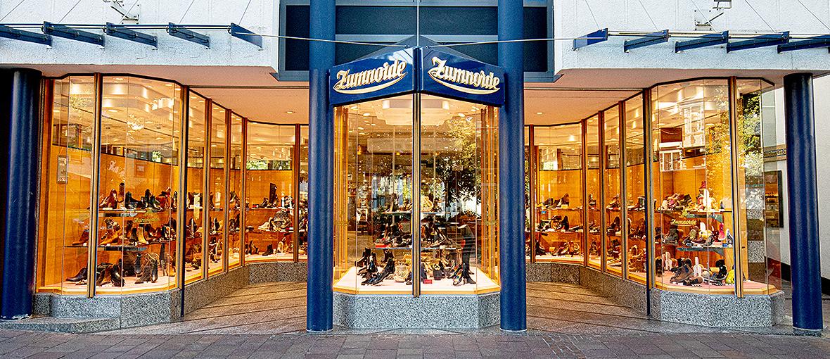 Schuhhaus Zumnorde in Paderborn, Marienplatz 9   Zumnorde