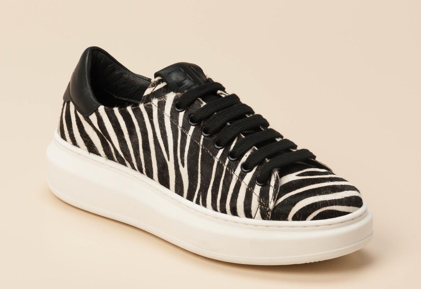 on sale 53550 24187 Gio+ Damen Sneaker in schwarz/weiß kaufen | Zumnorde Online-Shop
