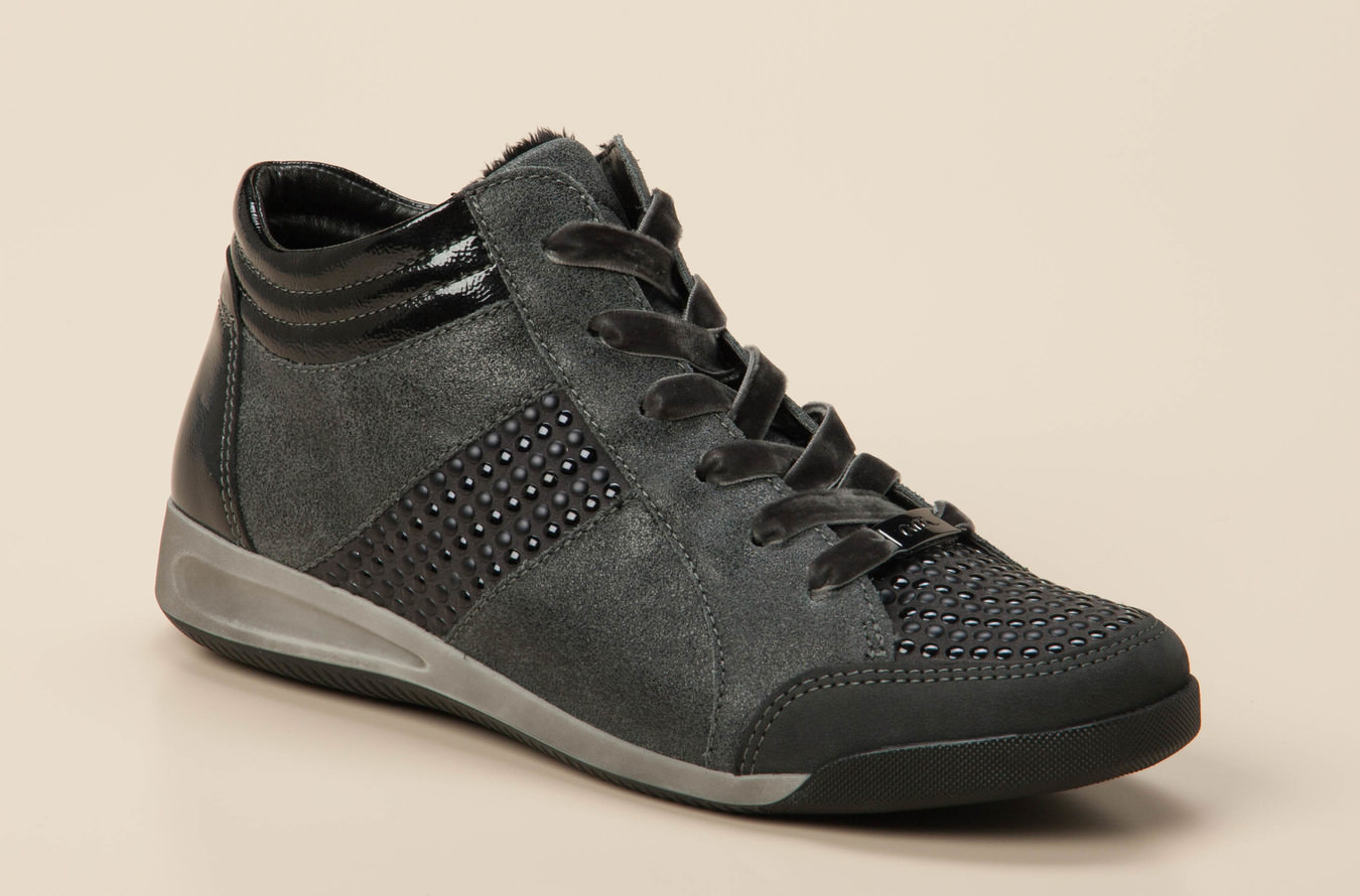 size 40 wholesale price official site Sneaker high