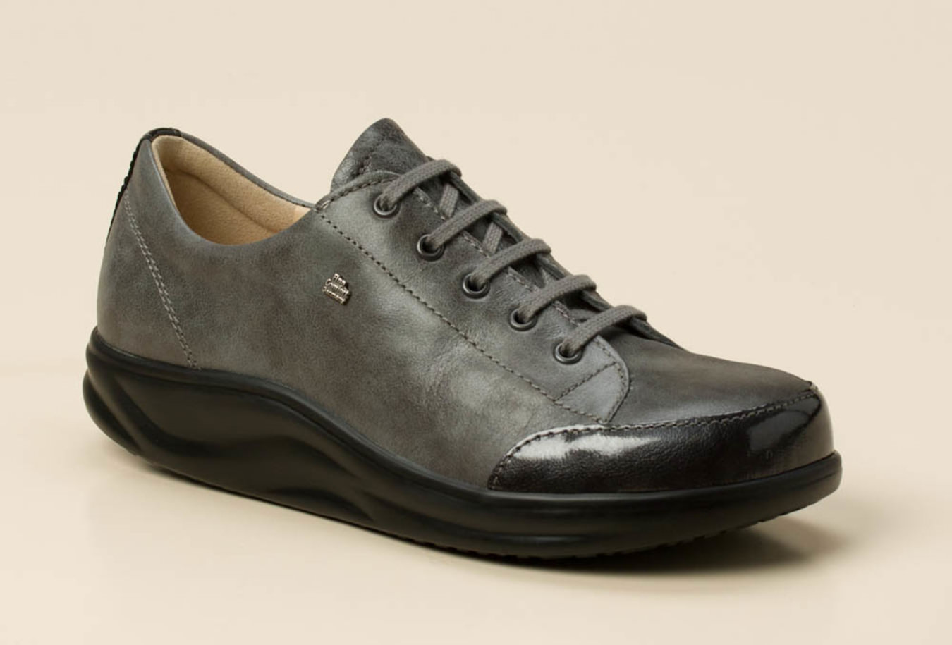 2dca5cf7d28db7 Finn Comfort Damen Schnürschuh in grau kaufen