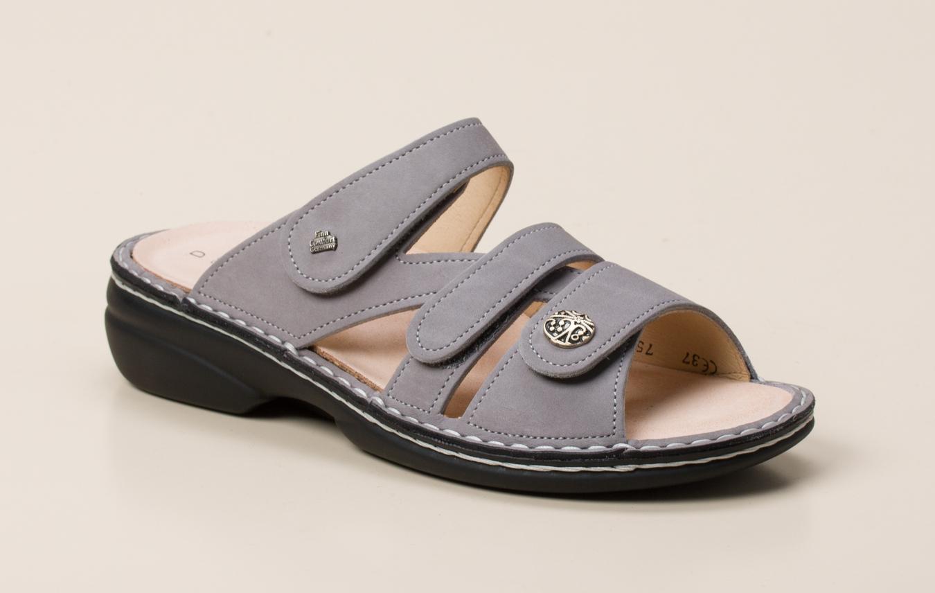 51a46279d1780d Finn Comfort Damen Pantolette in silber kaufen