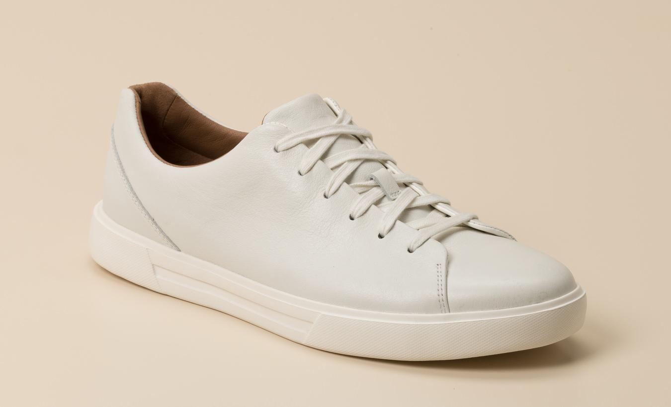 adolescente engañar rigidez  Clarks Herren Sneaker in weiß kaufen | Zumnorde Online-Shop