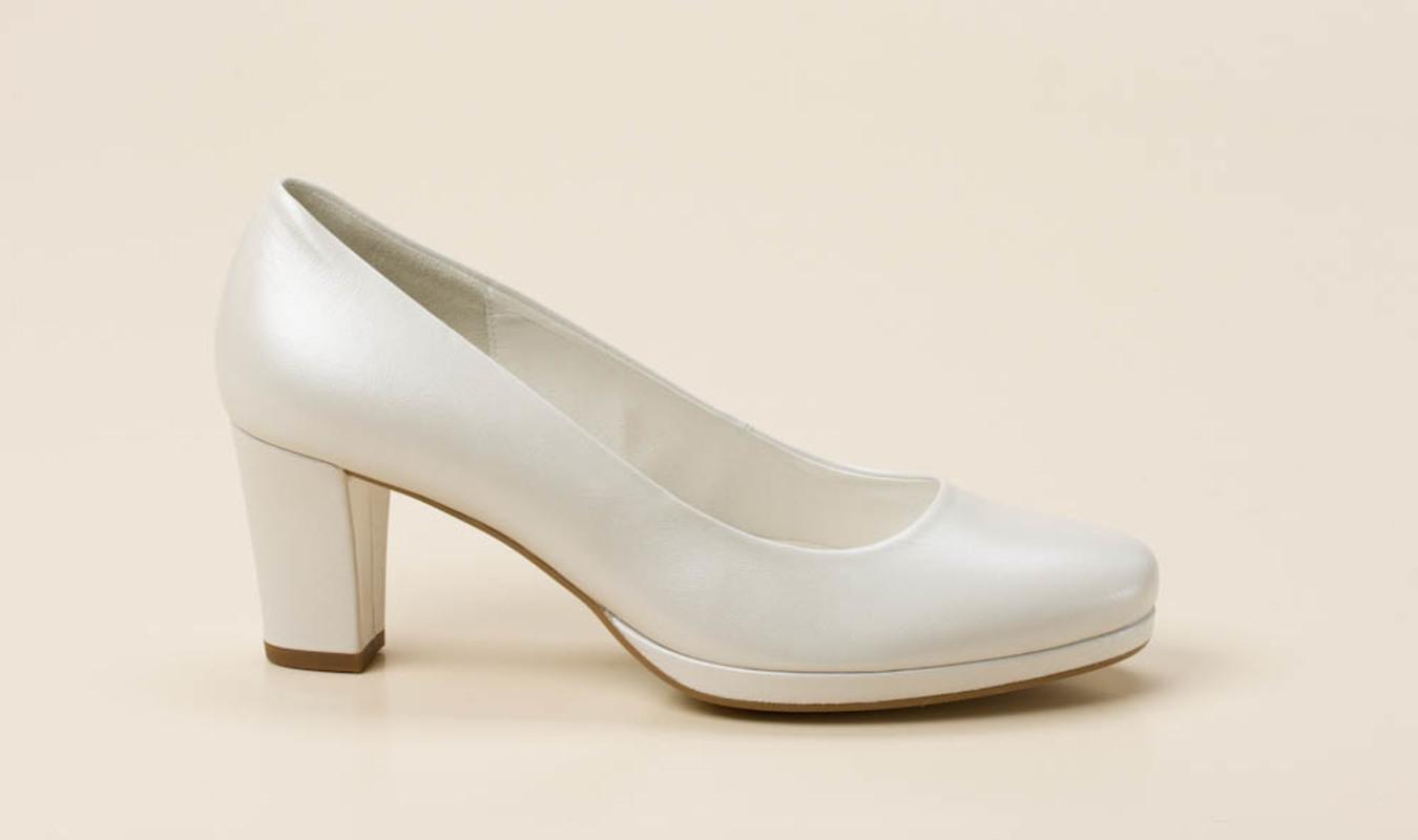 caa550e822915a Gabor Comfort Damen Plateau-Pumps in weiß kaufen