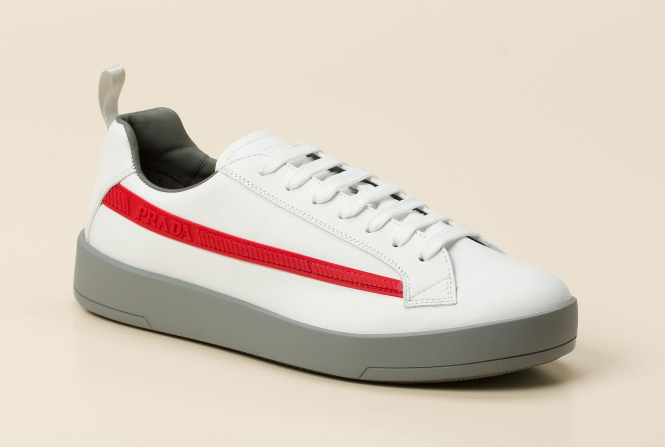 eae9f1979f3dc Prada Linea Rossa Herren Sneaker in weiß kaufen