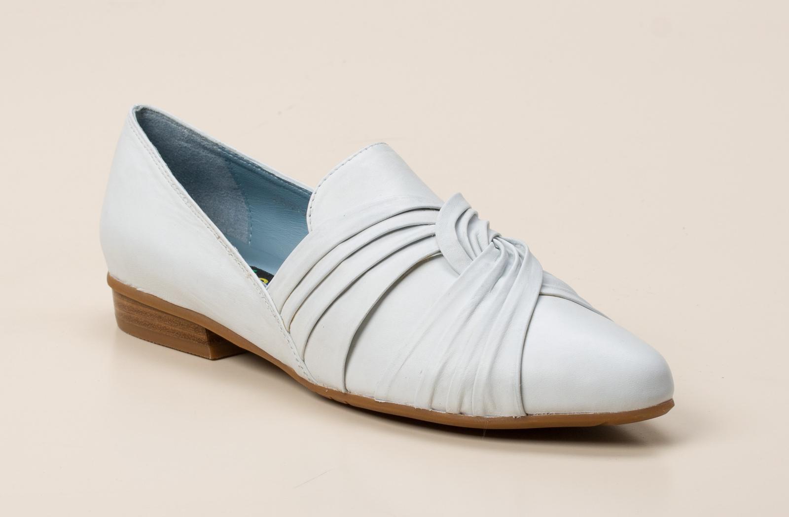 2e1d00c63fef Everybody Damen Slipper in weiß kaufen   Zumnorde Online-Shop