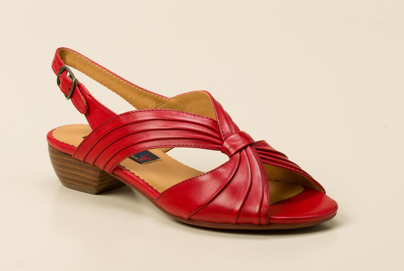 e008a34aad2f Everybody Damen Sandalette in rot kaufen   Zumnorde Online-Shop