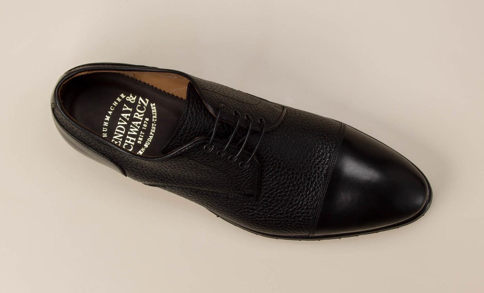 3aac4cdd2060cb Schnürschuh. Artikeldetails. Wer sich für Schuhe von Lendvay   Schwarcz ...