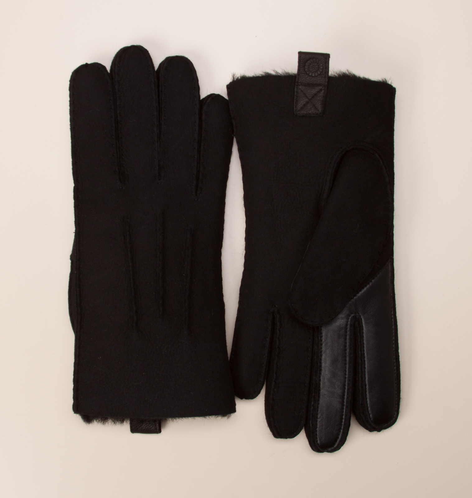 ugg herren acces herren handschuhe in schwarz kaufen. Black Bedroom Furniture Sets. Home Design Ideas