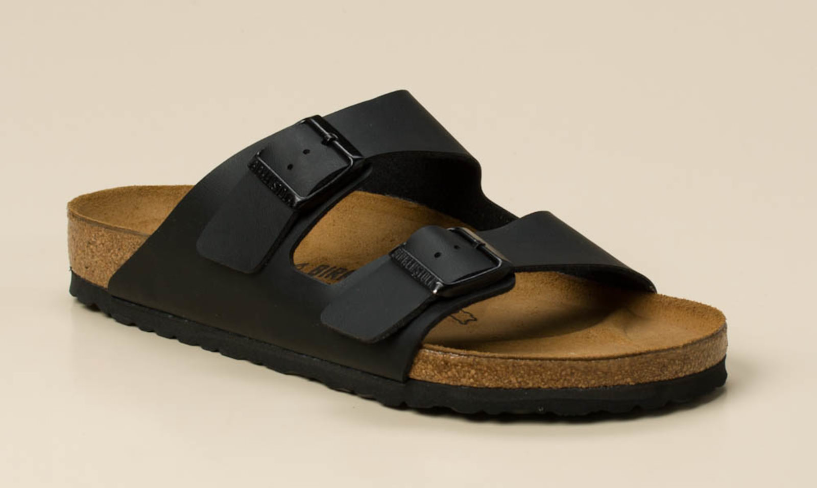 birkenstock herren pantolette arizona in schwarz kaufen zumnorde online shop. Black Bedroom Furniture Sets. Home Design Ideas