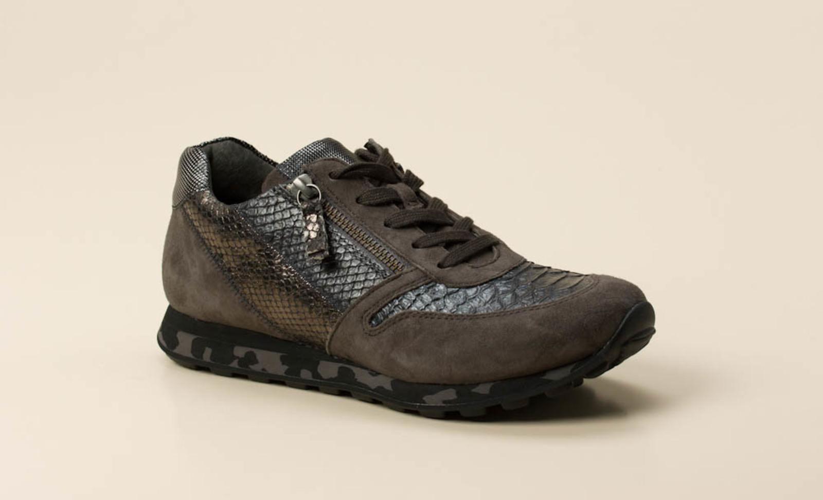 gabor comfort damen sneaker in grau kaufen zumnorde online shop. Black Bedroom Furniture Sets. Home Design Ideas