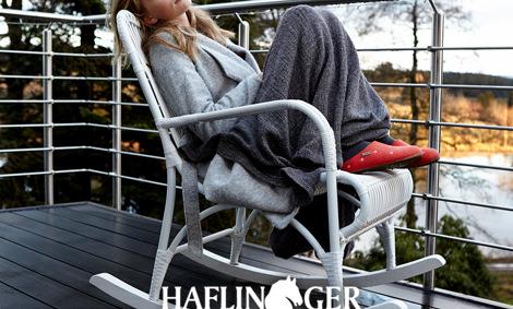 ... die gleichzeitig modernste Forschungsergebnisse inkorporieren,  überzeugen die Kunden von Haflinger. Auch Problemfüße finden hier das  richtige Modell. 724ef82599